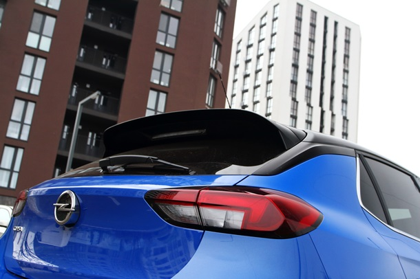 И умный, и красивый: тестируем Opel Corsa 1
